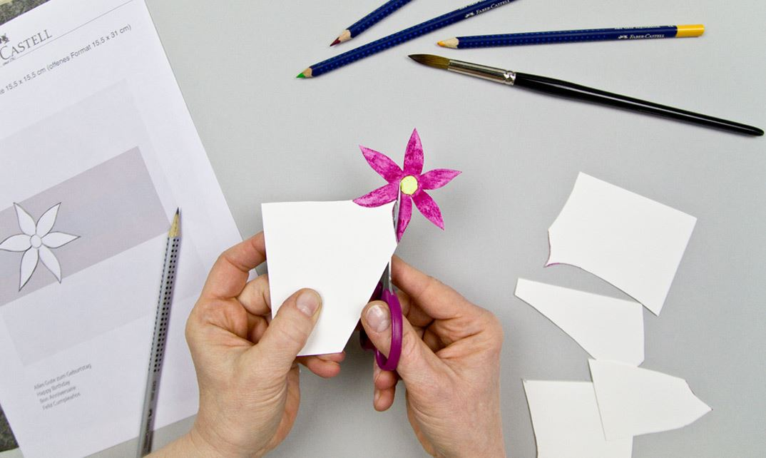 How To Decorate A Greeting Card